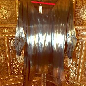 Brown and black side tail top in tie-dye NWT